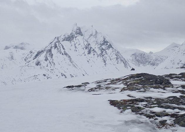 Al fons de la vall, abans de pujar al Sorgesten.