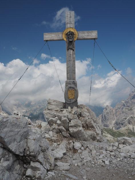 La creu del cim Monte Paterno.