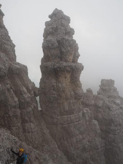 La roca sembla esculpida pel vent, impressionant!